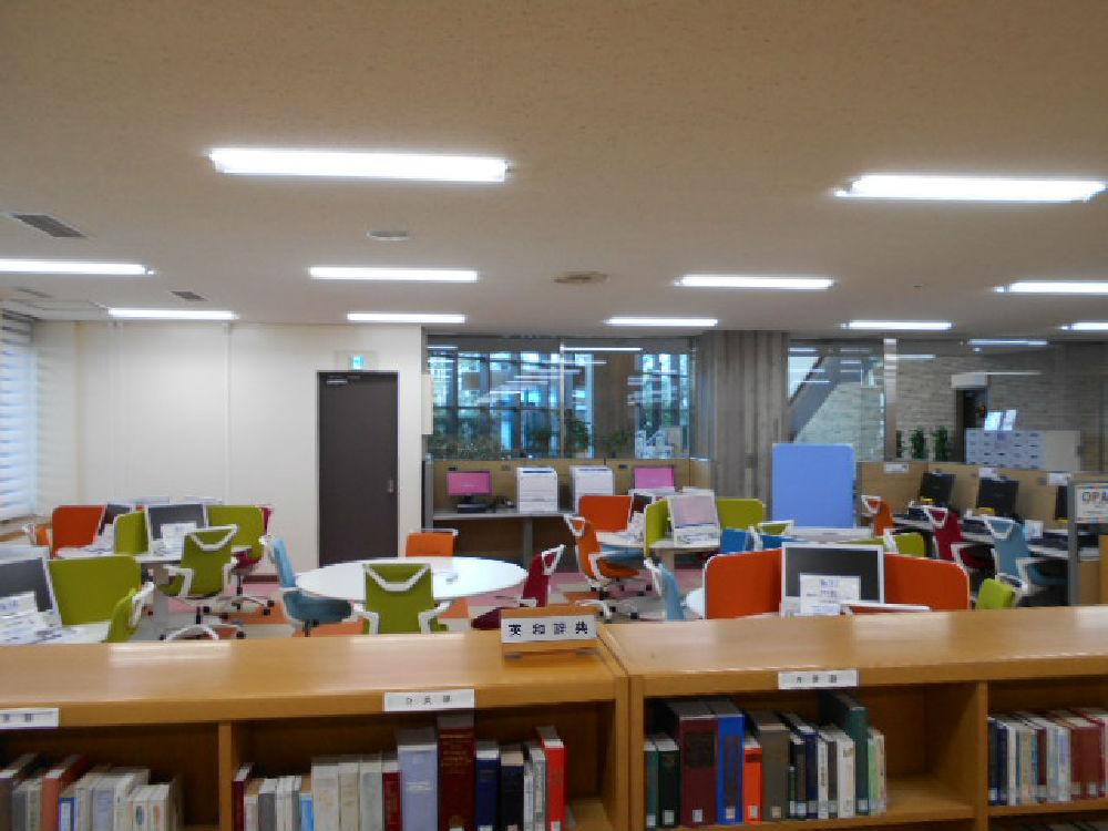new_日大 商学部図書館 007